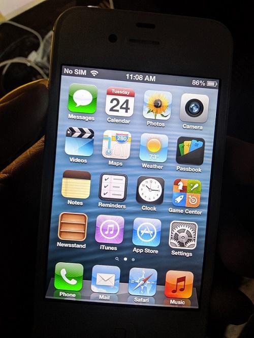 iOS 6 on Hand